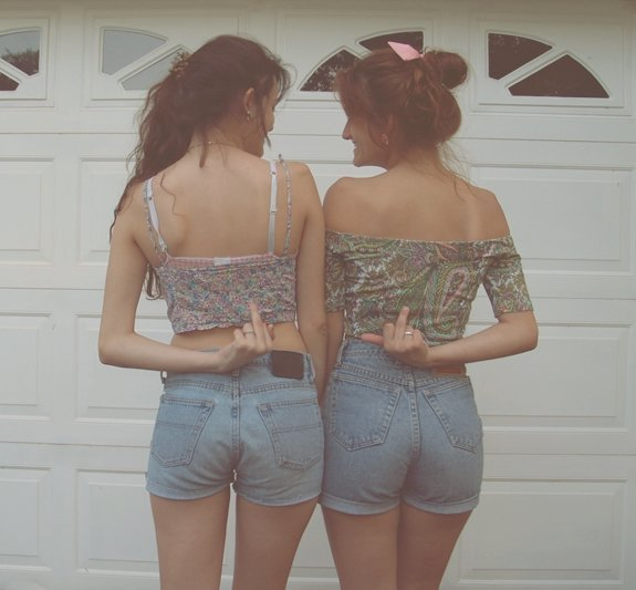 80s, butts, cute, girl, high girl, middle finger, sisters, skinny, vintage, weed
