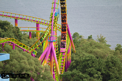 amusement park, beach, colors