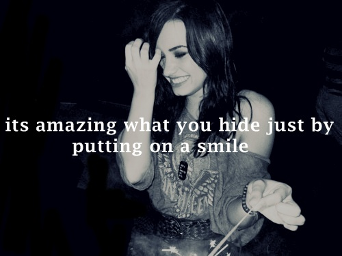 attention whore, beautiful, demi lovato, drama queen, liar