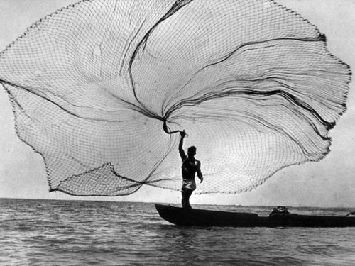Awesome black and white boat fisherman fishing image for Throw nets for fishing