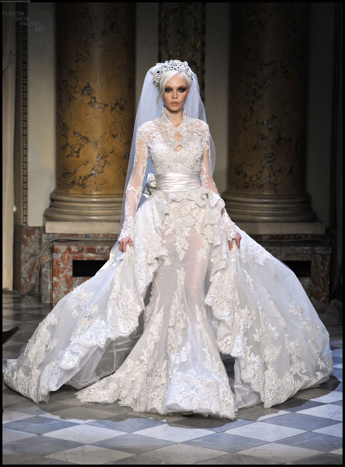beautiful, couture, veil, wedding dress, zuhair murad