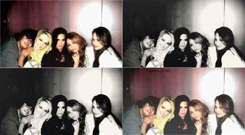 black & white, friends, heart, miley, miley cyrus