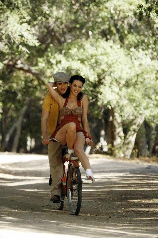 couple, katy, katy perry, love, perry, the notebook