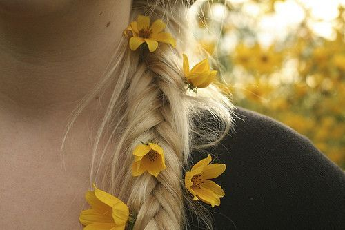 flower, girl, hair, separate with comma