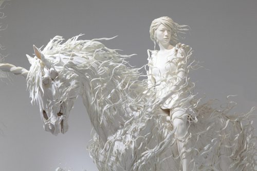 motohiko odani, sculpture, unicorn, white horse