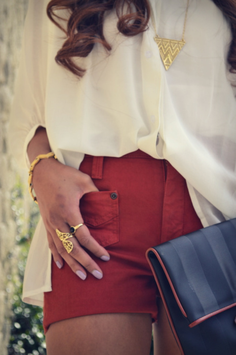 bag, curly, fashion, girl, hair, hotpants, nail, nails, ring, rings, style, vintage
