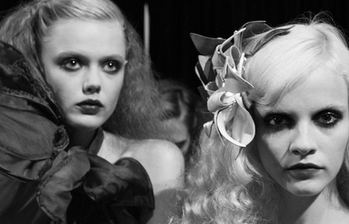 b&w, black and white, frida gustavsson, ginta lapina, girls