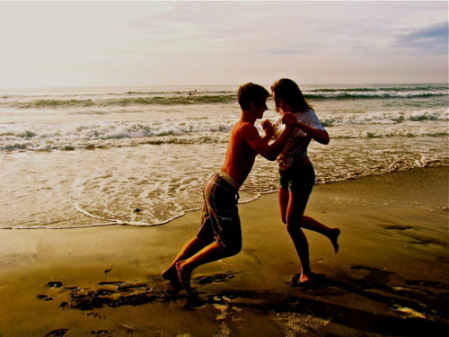beach, couple, cute, love, ocean