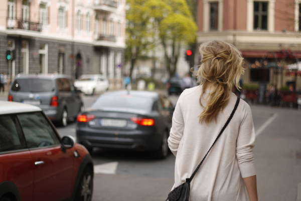 blonde, bokeh, buildings, cars, city, cute, girl, hair, lights, love, oslo, picture, pretty, purse, sweather, trees