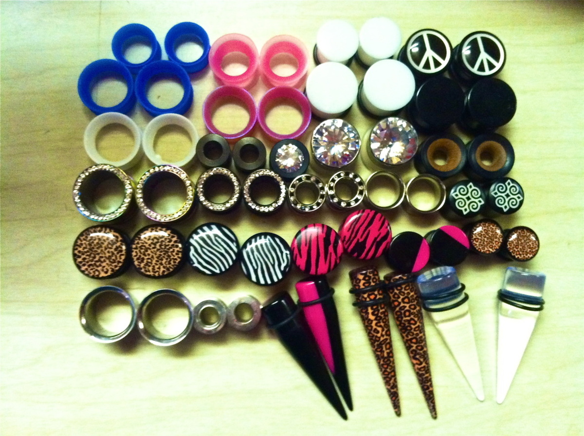 cheetah, diamond, flesh tunnels, gauges, metal
