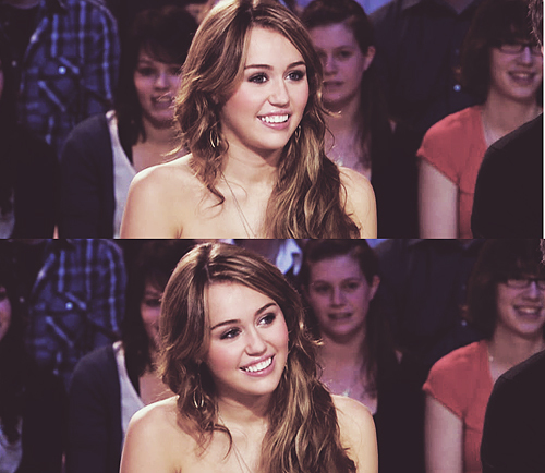 amazing, concert, cute, disney, diva, fashion, girl, girls, hanna montana, linda, miley, miley cyrus, perfect, pretty, show, singer, smile