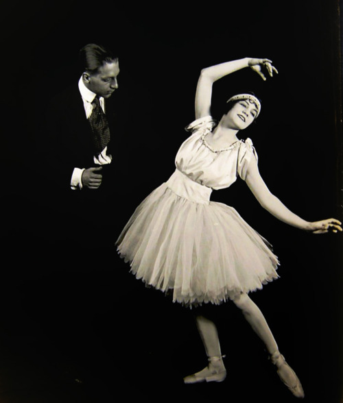 1920s, ballerina, ballet, black and white, dancer