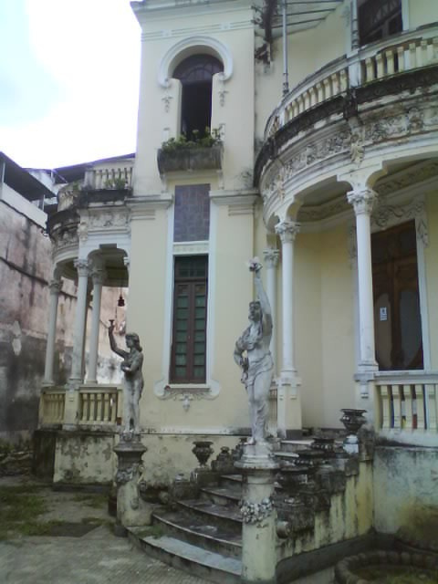 abandoned, antique, architecture, art, columns, house, juiz de fora, old, old house, photography, statue, statues, vila iracema