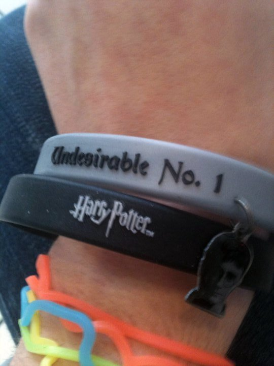 arm, bracelet, bracelets, comedreamwithme, crazy bands, hand, harry potter, silly bandz