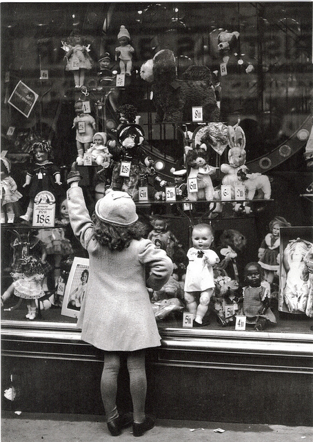 b&w, dolls, girl, kid, little girl