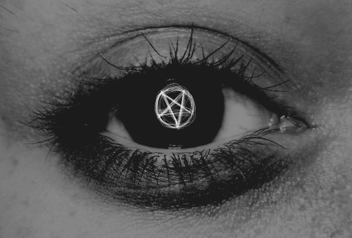 black and white, eye, pentagram