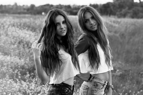 black and white, freindship, friends, girl, girls, pretty, smile, so pretty
