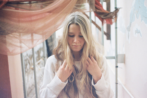 blonde, girl, long hair, messy, pretty