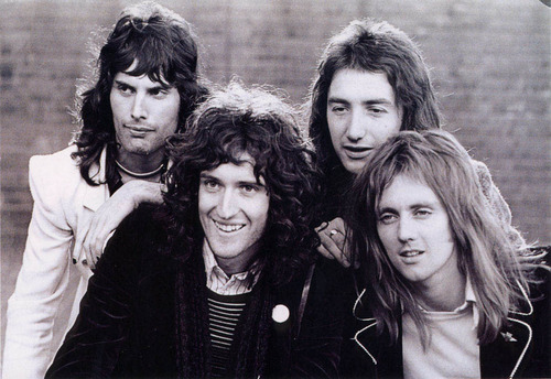 brian may, freddie mercury, john deacon, queen, roger taylor