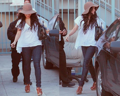 fashion, hat, skinny jeans, vanessa hudgens, wedges