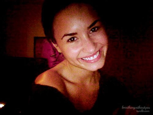 beautiful, cute, demi lovato, diva, drogada, girl, perfection, role model, smile, stronger, ugly
