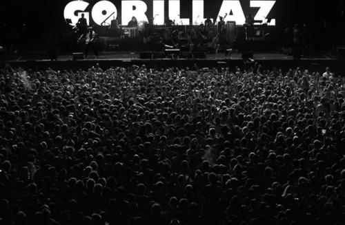 black and whit, gorillaz, people, show