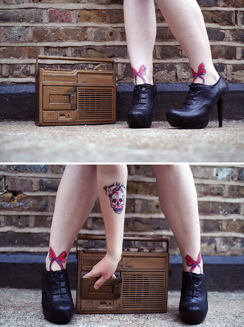 bow, legs, lovely, radio, red, retro, shoes, skull, tattoo, vintage