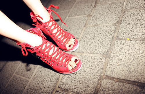 fashion, heels, high heels, laces, nail polish, omg, red, red heels, red nail polish, red shoes, ribbons, shoes, straps, vogue, want