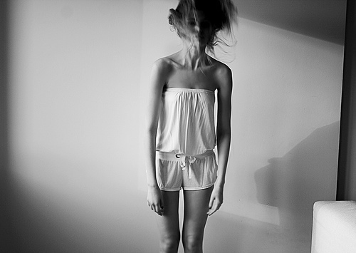 girl, leg, skinny, thin, thinspiration