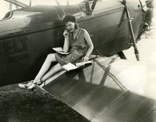 1920s, 1929, airplane, books, girl