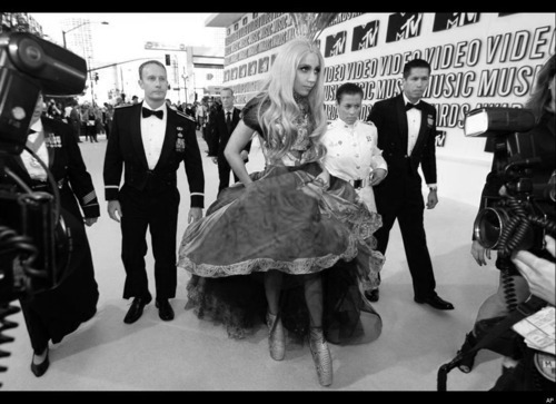 alexander mcqueen, amazing, black and white, celebrity, dress, fabulous, idol, lady gaga, madamelulu, mtv, vma
