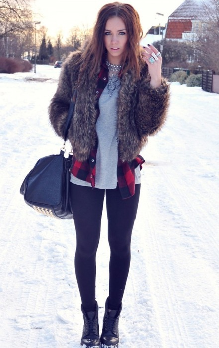 brunette, fashion, fur, girl, hair, model, pretty, rings, snow, winter