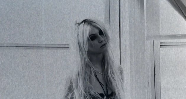 make me wanna die, taylor momsen, the pretty reckless