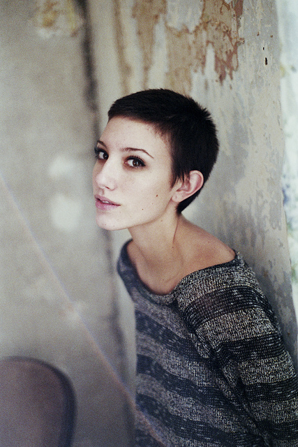 35mm, beautiful, dylan, dylan shaw, film, girl, minotla, photo, photography, photogrraphy, pretty, shaw, short hait, young, youth