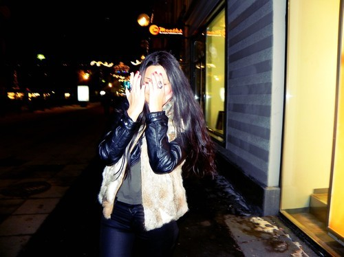 amazing, awesome, black jeans, brunette, bruno mars, city, colombia, colombian, cute, daniela, dark, dark hair, downtown, fur, fure, girl, gorgeous, gothenburg, hair, latina, light, long hair, love, model, motorjacket, photo, pretty, ring, rings, sexy