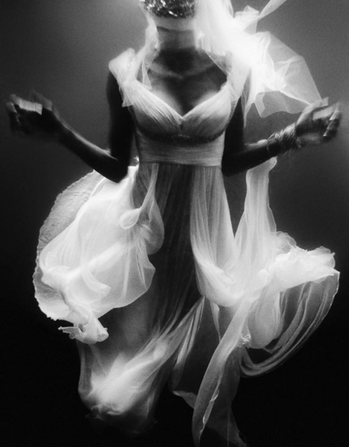 beautiful, black and white, dauzy, dress, floaty, haunting, scary, white