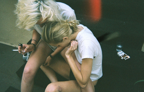 cigarette, friends, fun, girl, girls, skinny, smoke, t-shirt, thin, thinspiration, thinspo, white, woman