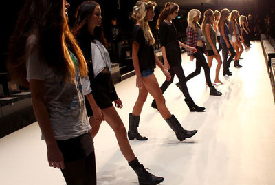 cool, fashion, girls, models, pretty, skinny, style, walk