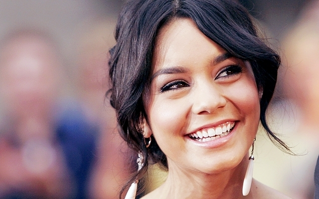 earrings, hair, hudgens, pretty, smile