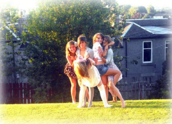 fashion, friend, friends, girls, grass, pretty, summer, sunshine