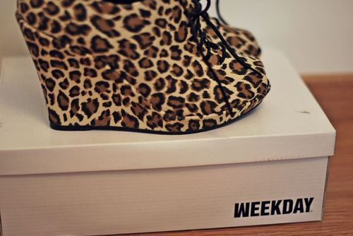 Leopard Flats   Sparkles and Shoes