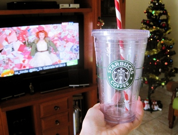brasil, christmas tree, fail, glass, hayley williams, paramore, starbucks, the only exception, wtf