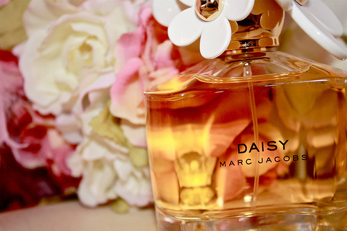 daisy, flowers, marc, marc jacobs, perfume