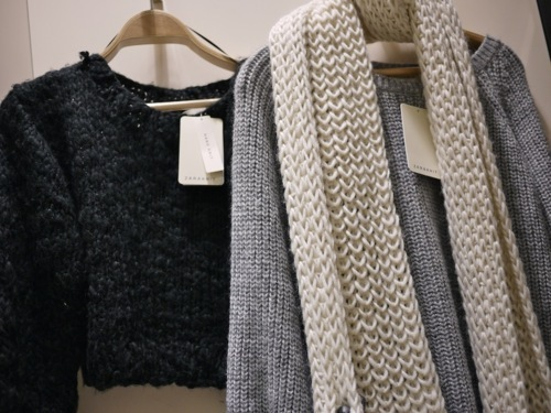fashion, jumpers, knitwear, scarf