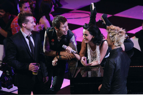 award show, band, billie joe armstrong, cute, green day, have luck katy, katy perry, mike dirnt, phot, tre cool