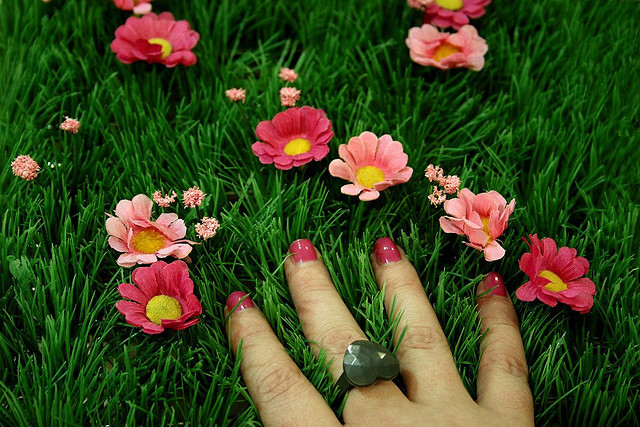 flowers, hard candy nails, nails
