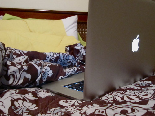 apple, bed, bedding, mac, macbook, room
