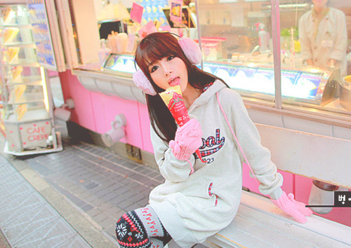 cute, earmuffs, girl, gloves, ice cream