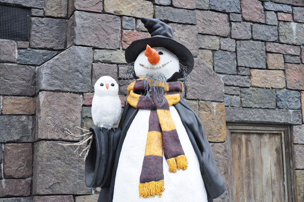 harry potter, snowman, universal studio