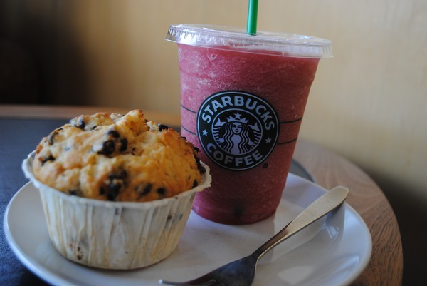 muffin, smoothie, starbucks